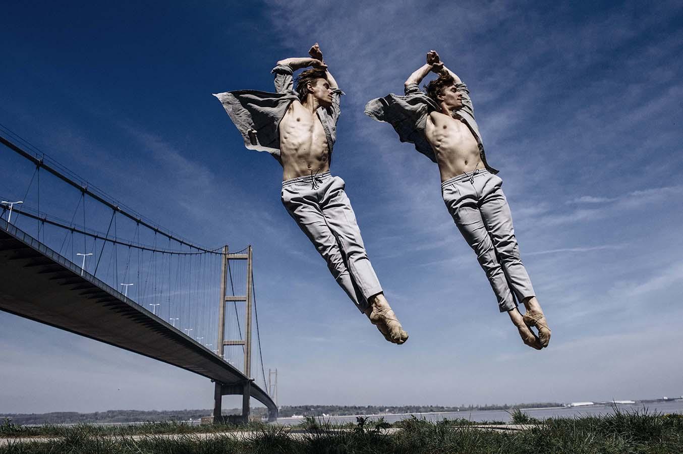 http://www.andyweekes.net/files/gimgs/1_balletdancershullaxw002insta.jpg